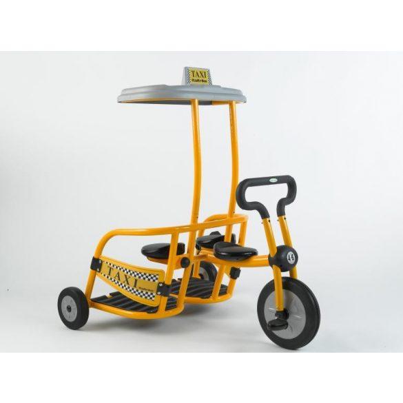 Pilot 300 Háromszemélyes tricikli, taxi, Dynamic kormány
