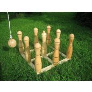 Lengőteke készlet fából 35 cm magas bábúkkal